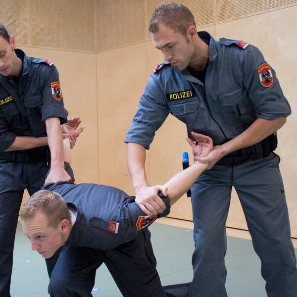 03_berufe-im-dienst-der-sicherheit_aspiranten_02