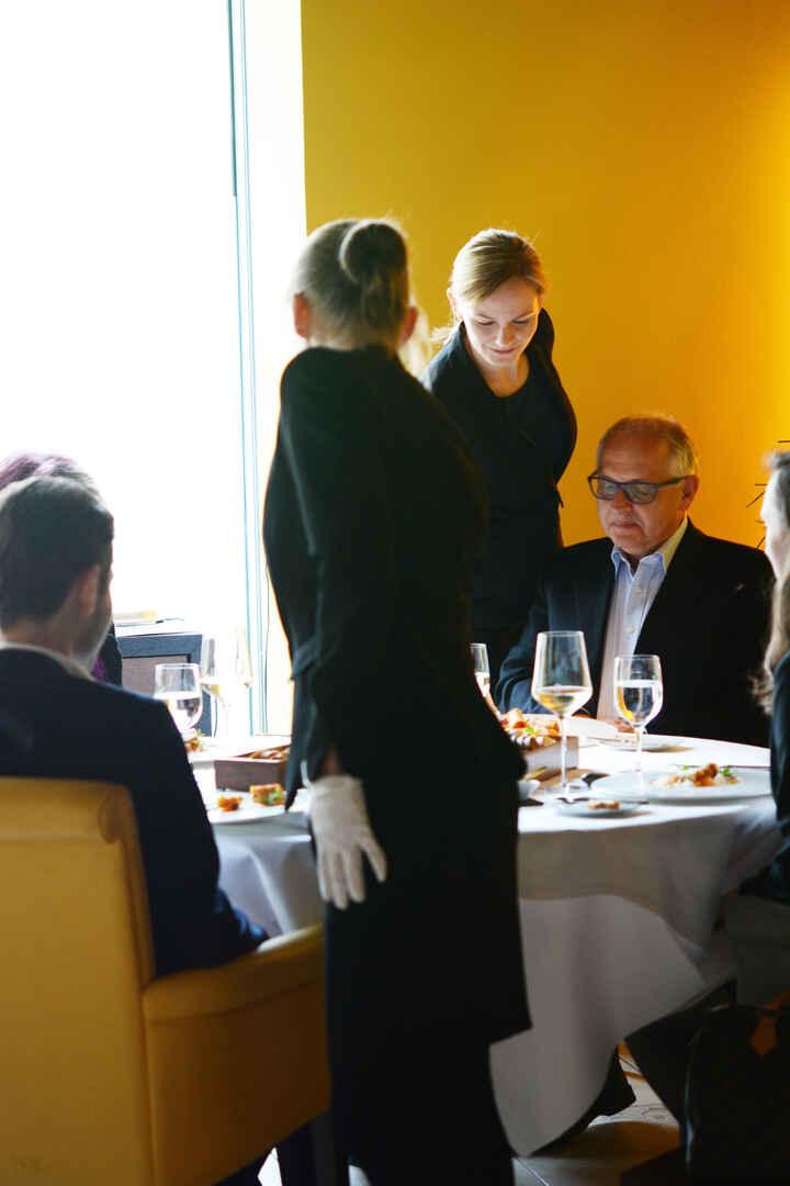 Restaurantfachmann/-frau_05