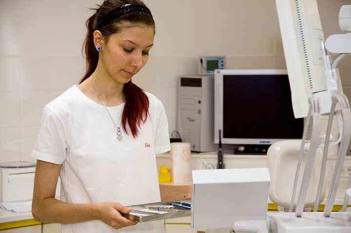 Zahnärztliche Fachassistenz_03